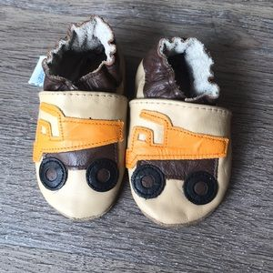 Robeez Shoes - Robeez 0-6 month soft soled baby shoes, 2 pairs
